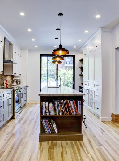 farmhouse kitchen, industiral kitchen, caesarstone counters, granit counters, island, stools, metal pendants, butcher block, subway tiles, brick tiles